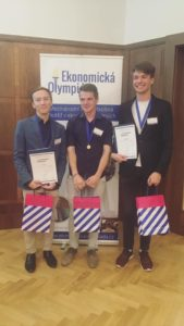 Známe vítěze prvního mezinárodního finále Ekonomické olympiády!